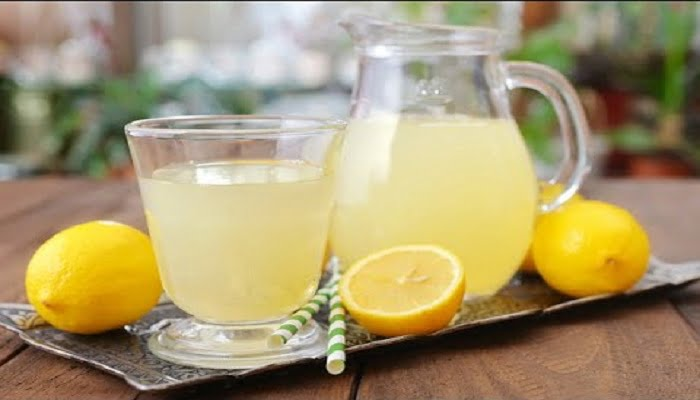 Lemon Juice for removal of acne